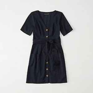 Casual navy blue dress with pockets